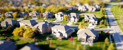 Choosing a Neighborhood:  6 Things to Consider